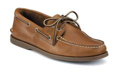 having worn these shoes for many many years, i can say without a doubt that sperry makes damn good shoes. (sperry top-sider)