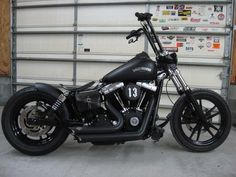 Cool Harley Davidson Gear For the Bike and You Harley Davidson Dyna, Harley Davidson Pictures, Harley Dyna, Harley Bobber, Harley Bikes, Harley Davidson Street Glide, Harley Davidson Motorcycles, Harley Softail, Bobber Chopper