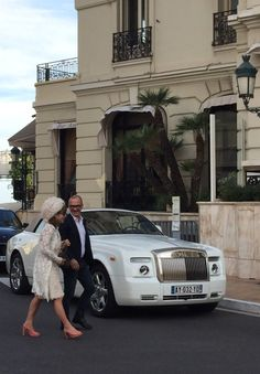 Although I only spent a short time in Monaco, honestly, I fell in love like Romeo meeting Juliet for the first time. There are paparazzi standing on every corner, just waiting for the next stunningly chic woman to step out of the latest expensive car in front of the Monte Carlo Casino.