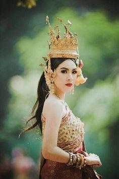 In The Keywords Thai Bride