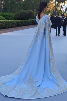 Special Garb: Red Carpet – This Man's Greatest Joy Is To Walk With Actresses On Red Carpets And Keep Their Gowns Neat