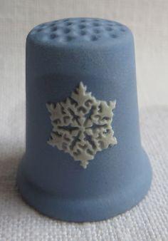 Wedgwood Christmas Thimble 1981 Blue Jasper   eBay