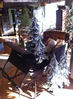 Christmas 2014 at Thymeworn  Antiques-Primitive in Lewisburg, West Virginia