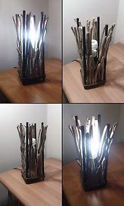Prometeo  Lampada da tavolo comodino scrivania driftwood corda legno marino shabby chic   Altezza: 35 cm  Larghezza: 12cm  Base Nera