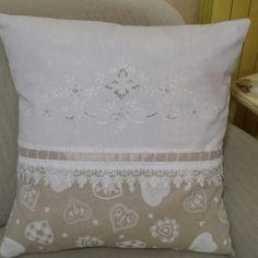 Cuscino shabby cotone e recupero asciugamano di lino