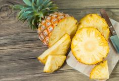 From smoothies to grilled side dishes, pineapple is a versatile fruit packed with nutritional value and flavor. Learn more about the benefits of pineapple. Pineapple Diet, Pineapple Benefits, How To Ripen Pineapple, Pineapple Planting, Air Fryer Healthy, Nutrition, Dinners For Kids, Organic Recipes, Superfood