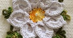 A bunch of beautiful crocheted flowers in Portuguese - Page 4