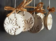 DIY ideas for DIY gifts for Christmas, clay Christmas decorations … - The source of information passes through us Diy Gifts For Christmas, Ceramic Christmas Decorations, Christmas Clay, Christmas Ornaments To Make, Clay Ornaments, Snowflake Ornaments, Holiday Crafts, Simple Christmas, Ornaments Ideas