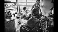 6 maand fotografie over Leven met ALS. 2013 Fotografie: Jasmine Debels (Qualified European Photographer) Blog Alain: http://alainverspecht.wordpress.com/ Organisatie: http://www.eenhartvoorals.be/  Fotografie: http://jasminedebels.com/