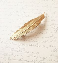 Gold Feather Barrette Bridal Hair Clip Free par dreamsbythesea