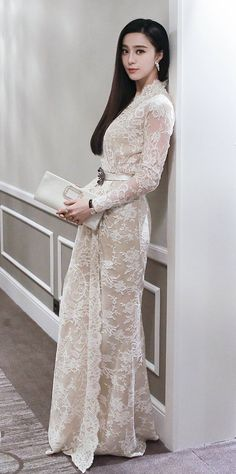 liv ~ gown (almost exact), a matching similar hairstyle, matching makeup, all of the… My Fair Princess, Evening Dresses, Prom Dresses, Fan Bingbing, Chinese Actress, Beautiful Asian Women, Asian Style, Elegant Dresses, Asian Beauty