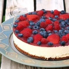 Berry cheesecake.