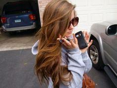 oh my gosh her hair!✯