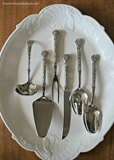 Wallace 6-Piece Turkey Hostess Set and Pfaltzgraff Turkey Platter | homeiswheretheboatis.net #Thanksgiving #tablescape