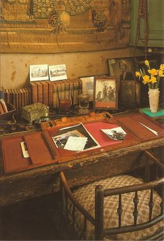 The writing room of Vita Sackville-West in the tower at Sissinghurst Castle, Kent, UK. There is a framed photo of Virginia Woolf on the desk which Vita had kept since Vita Sackville West, Writers And Poets, Writers Desk, Vanessa Bell, Bloomsbury Group, Decor Inspiration, Room Of One's Own, Virginia Woolf, Paris Apartments