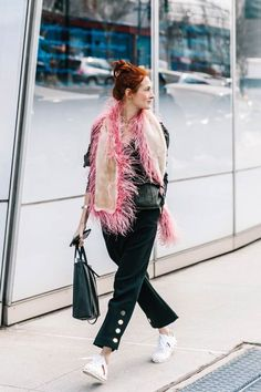 street_style_new_york_fashion_week_febrero_2017_dia_5_567403140_800x