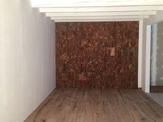 Een wand in onze showroom bekleed met Horta Wandkurk. Te verkrijgen in onze webshop! #Articorq