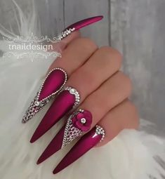 30 Great Stiletto Nail Art Design Ideas # Styletonails – Stiletto Style … – Nagel Ideen, You can collect images you discovered organize them, add your own ideas to your collections and share with other people. Stiletto Nail Art, Cute Acrylic Nails, Acrylic Nail Designs, Nail Art Designs, Crazy Nail Designs, Sexy Nails, Fancy Nails, Rose Nails, Matte Nails