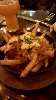 Dine Out - Brendan Kurie: Greasy Luck in New Bedford brings comfort pub food to another level Food Porn, Snap Food, Tumblr Food, Food Snapchat, Pub Food, Fake Food, Aesthetic Food, Food Cravings, Gastronomia