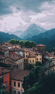 5 STORYBOOK VILLAGES IN TUSCANY ITALY.