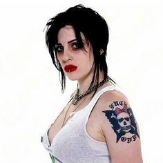 Brody Dalle is probably one of the most beautiful women to grace this planet (in my opinion).  I've listened to her music since I was 14 and it's never stopped.  She represents everything that I myself stand for as a woman and her music's never let me down.  Viva la Brody!