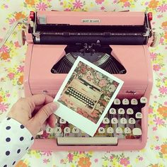 Obsessed w this #typewriter image