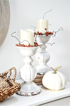 Fall home tour with lots of inspiration and ideas to use in your own home. Home decor ideas too. Fall decorating never looks easier! Homemade House Decorations, Concept Home, Fall Color Palette, European Home Decor, Luxury Homes Interior, Interior Design, Gabel, White Pumpkins, Thanksgiving Decorations