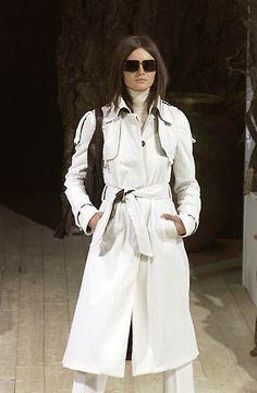 Dolce & Gabbana - Ready-to-Wear - Fall / Winter 2002