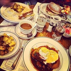 Brunch @ Pastis, NYC - a favorite of Bronwyn and Jeeves
