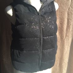 Puffer Vest EUC w/Hood Adorable Puffer Style Vest, Sequined Front, Back 100% Nylon Coating. NO Trades, PP, Modeling or Lowball Offers. Fast Shipping  Joe Fresh Jackets & Coats Vests