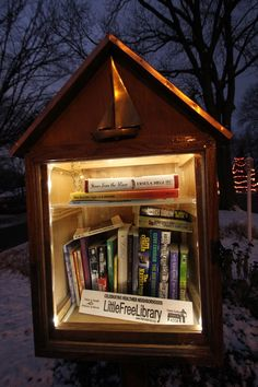 Little Free Library~  Love to see  these in my neighborhood~