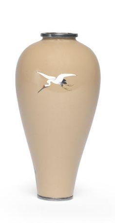 A miniature cloisonné-enamel slender baluster vase By Namikawa Yasuyuki Meiji era late century Japanese Vase, Japanese Porcelain, Japanese Ceramics, Meiji Era, Ceramic Techniques, Ginger Jars, Japan Art, Ceramic Art, Glass Art