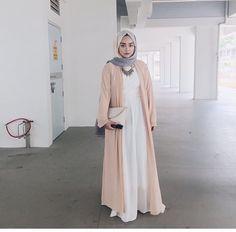 Hijab Pastel Outfit Ideas For This Fall Tesettür Tunic Islamic Fashion, Muslim Fashion, Modest Fashion, Fashion Outfits, Fashion Fashion, Hijab Outfit, Hijab Dress, Pastel Outfit, Modest Wear