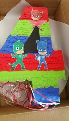 Numero pinata ispirato da PJ maschere