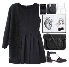 """Heavy of heart"" by annaclaraalvez ❤ liked on Polyvore featuring moda, ASOS, The Cambridge Satchel Company, Harrods, Fuji, BOBBY, women's clothing, women, female e woman"