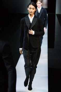Giorgio Armani Fall 2015 Menswear - Collection - Gallery - Style.com