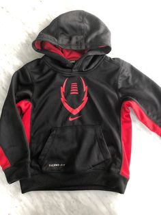 5e3f9d0f9dd3 Nike Therm Fit Hoodie Boys Size 5  fashion  clothing  shoes  accessories   kidsclothingshoesaccs  boysclothingsizes4up (ebay link)