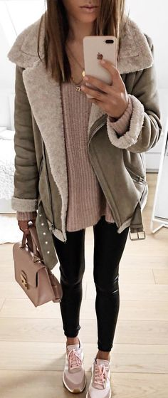 #winter #outfits gray and brown zippered jacket