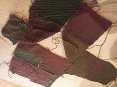 Quadrate-Jacke aus 12 Einzelteilen - schnell gemacht Pull Crochet, 9 Patch Quilt, Plaid Scarf, Couture, Creations, Patches, Quilts, Knitting, Womens Fashion