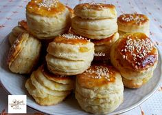 Breakfast Biscuits, Breakfast Cookies, Breakfast Recipes, Bread Recipes, Cookie Recipes, Dessert Recipes, Pretzel Bites, Quick Easy Meals, Bakery