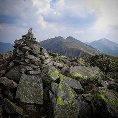Low Tatras giants - from left: #Derese #2004m #Chopok #2024m and the highest #peak #Dumbier #2043m.  #NizkeTatry #Carpathians #Slovakia #hiking #turistika #nature #mountains #rizo_hiking #napant #rockcairn #lowtatras #outdoor by juraj_rizman