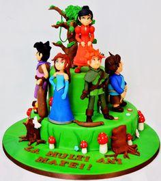 Filmul animat Robin Hood si padurea Sherwood a fost alegerea lui Matei pentru figurinele ce i-au decorat tortul aniversar si care a fost un adevarat succes la petrecere unde toti copiii si-au dorit o portie din deliciosul tort.  Tortul se poate realiza doar pe doua etaje. Pentru o cantitate mai mica, te rugam sa ne scrii un email, iar echipa cofetariei Armand o sa gaseasca varianta potrivita pentru tine. Robin, Doritos, Birthday Cake, Party, Desserts, Recipes, Figurine, Birhday Cake, Birthday Cake Toppers