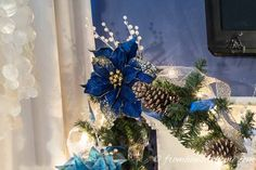 LOVE this easy DIY Christmas garland tutorial! It has all the steps to create a beautiful garland over the fireplace mantle, including adding lights, ribbon and ornaments. Very pretty Christmas holidays decorations! Blue Christmas Decor, Diy Christmas Decorations For Home, Turquoise Christmas, Xmas, White Christmas, Holiday Decorating, Christmas Holidays, Christmas Tree, Christmas Fireplace Garland