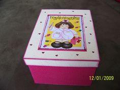 caixa de remédios feminina