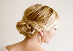 Top 10 Gorgeous Bun Tutorials gonna try one of these for the holidays! #MakrPinterestParty