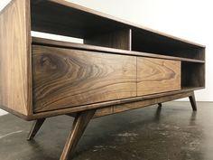 The PorkChopin Solid Walnut Danish modern TV Walnut Tv Stand, Tv Credenza, Tv Console Modern, Tv Cabinets, Wood Furniture, Furniture Ideas, Mid-century Modern, Danish Modern, Mid Century Design