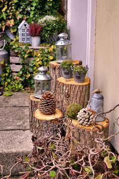 Baumstamm-Laterne, DIY aus Baumstämmen Sponsored Sponsored Tree trunk lantern, DIY from tree trunks Garden Deco, Garden Art, Garden Crafts, Garden Projects, Diy Projects, Pot Jardin, Design Jardin, Deco Floral, Tree Trunks