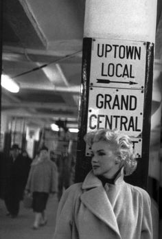 Marilyn Monroe by Ed Feingersh, 1955 (the photo series that made me want to move to NY as a little girl).