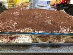 Epres-mogyorókrémes tiramisu (cukormentes) Tiramisu, Food And Drink, Ethnic Recipes, Food Styling, Living Alone, Tiramisu Cake