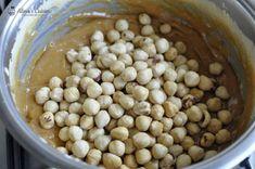 Prajitura Snikers — Alina's Cuisine Creme Caramel, Beans, Vegetables, Food, Kitchens, Creme Brulee, Essen, Vegetable Recipes, Meals
